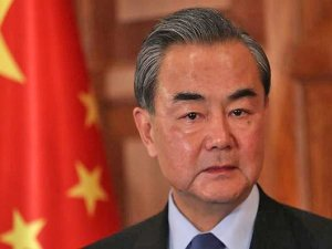 Çin Dışişleri Bakanı: Covid-19 dünyada çıktı, ilk biz bildirdik