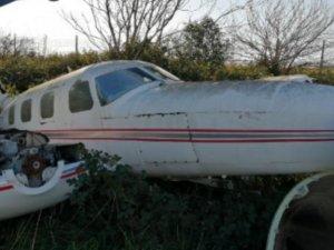 İki tarım uçağı zorunlu iniş yaptı