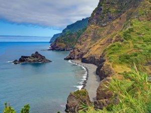 Brexit darbesi yiyen adalar AB'den nakit yardım istiyor