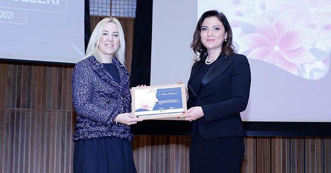 Banu Dedeman'a Turizmde En BaşarılıKadın Girişimci Ödülü