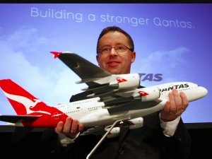 Qantas, Airbus A380'lerini seferlere koyarak nakit üretebilir