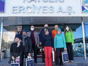 Erciyes Kayak Merkezi, yabancı gazetecilere tanıtıldı