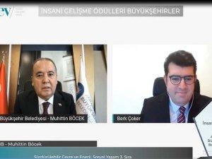 Böcek: Türkiye'de 486 Mavi Bayrak'ın 206'sı Antalya'nın