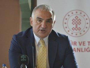 Bakan Ersoy: Aşılamada öncelik açık olan tesislerde