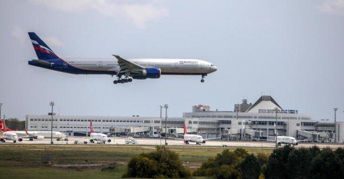 Rus uçakları, boş gelip dolu dönüyor
