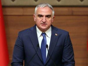 Bakan Ersoy: Turizm personelinin tamamı aşılanacak