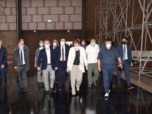 Vali Yazıcı: Antalya kongre turizminde güçlü potansiyele sahip