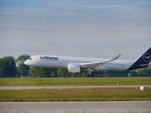 """Lufthansa, Mallorca'ya """"Jumbo"""" ve Airbus A350'yi uçuruyor"""