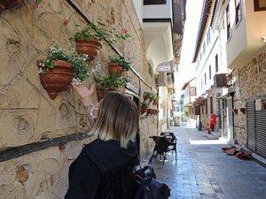 Antalya Kaleiçi turistler için doğal fotoğraf stüdyosu olacak!
