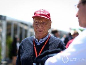 Niki Lauda,Hava yolu şirketini yeniden satın aldı