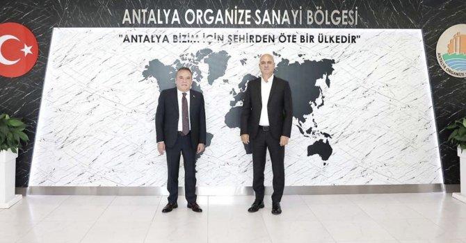 Başkan Böcek:Antalya turizm, tarım ve ticaret kentidir
