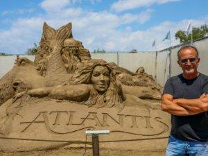 'Kayıp Şehir Atlantis', kum üzerinde yükseldi