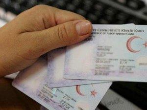"""Kimlik kartıyla girilen ülkelere """"fotoğrafsız"""" kimlikle gidilemeyecek"""