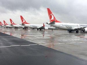 Türk Hava Yolları yolcularından bilgi gizliyor iddiası