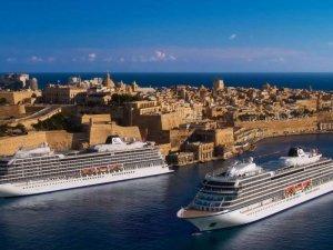 Viking Seave Viking Venüs Malta'dan yola çıkıyor