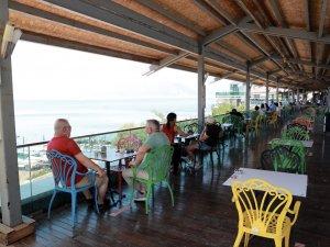 Antalya Tophane'de çay keyfi başladı