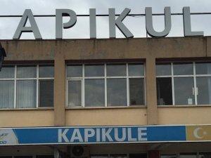 Bulgarlar da Kapıkule'ye çöktü