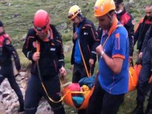 Kaçkar Dağları'nda düşerek yaralanan Ukraynalı dağcılar kurtarıldı