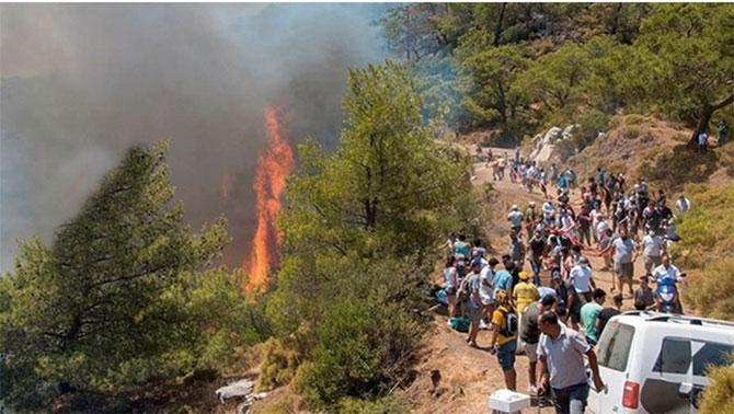 Marmaris 3 bölgede 5 gündür yanıyor