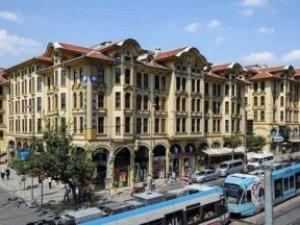 CHP'li Tekin Atatürk'ün THK'daki mirası talan ediliyor