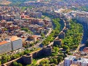 Diyarbakır'da turizmde yüzler gülmeye başladı