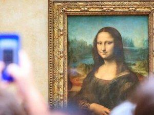 Mona Lisa neden İtalya'da değil de Fransa'da