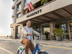 Yeni açılan İzmir Marriott Oteli'nin genel müdürü Sercan Korkusuz