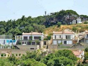 Acun Ilıcalı ve Mesut Özil'in villaları yıkılacak mı?