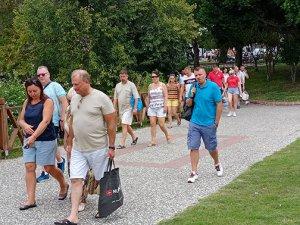 Antalya'ya gelen turist sayısında yüzde 202 artış oldu