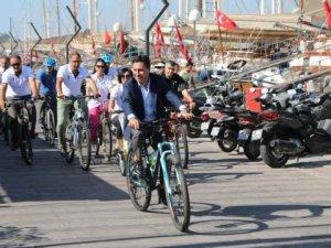 Başkan Aras Avrupa Hareketlilik Haftasında pedal çevirdi