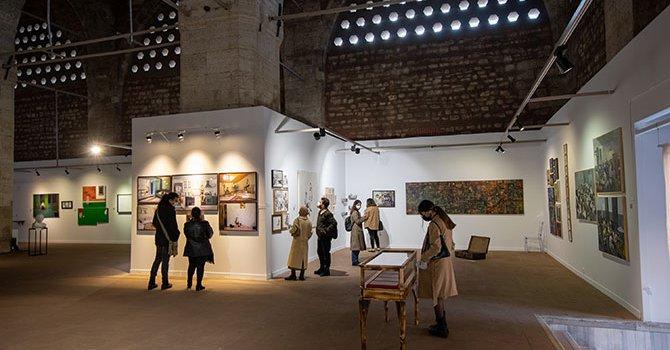 Genç sanatçı adaylarının 114 eseri BASE'de sergilenecek.