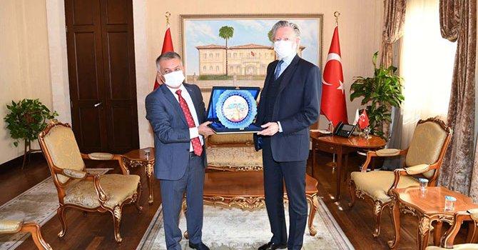 Türk dili sözlükte toplandı