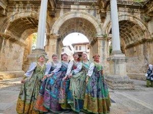 Polat Renaissance'da tatil