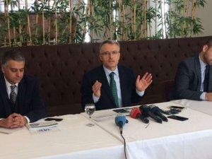 Bakan Ağbal: Moody's kararı politiktir
