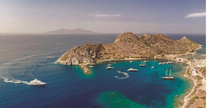 Düşen uçağın hostesi İstanbul'da