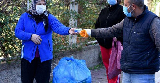 400 yıllık dev yumurta satıldı