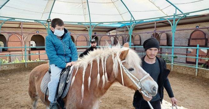 Midyat'ın 4 yıldızlı oteli açıldı