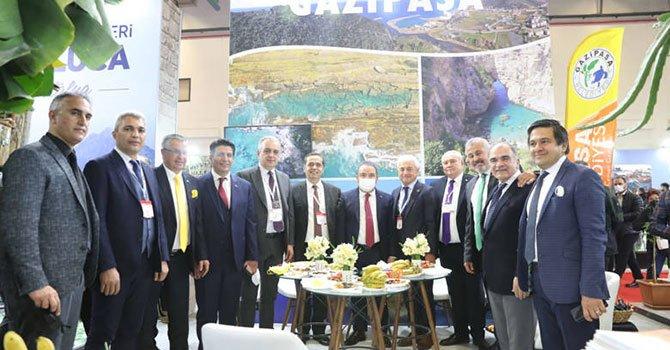Konak'ta evler restore ediiiyor