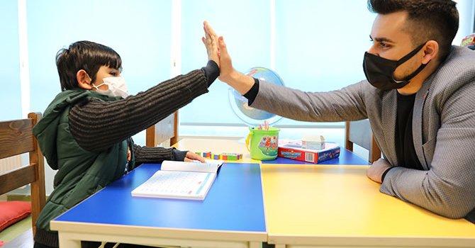 Zeynep Silahtaroğlu konferansta