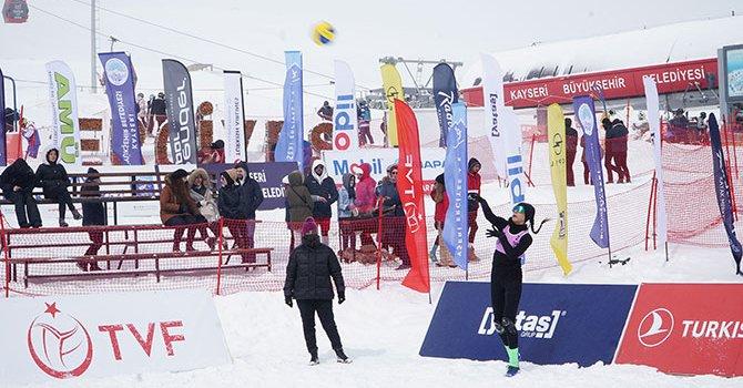 Ataköy Marina'da havuz açılıyor