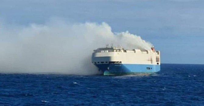 Konya'dan dünyaya bıçak satıyor