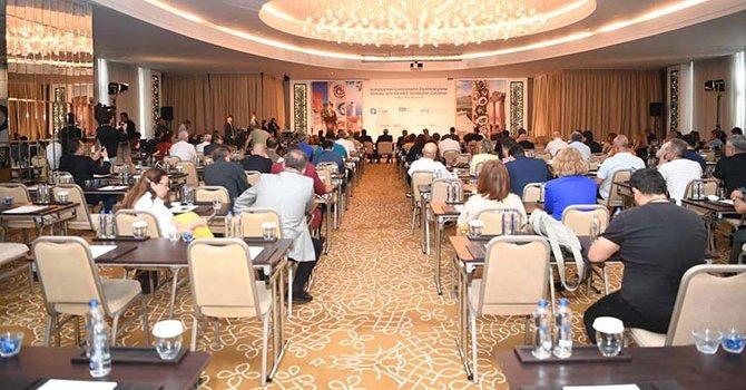 Gaziantep'te bin yıllık fıstık ağacı