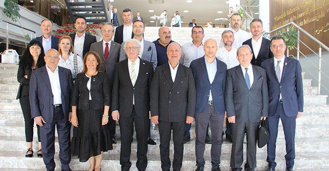 Özel işlemeli silah kabzaları