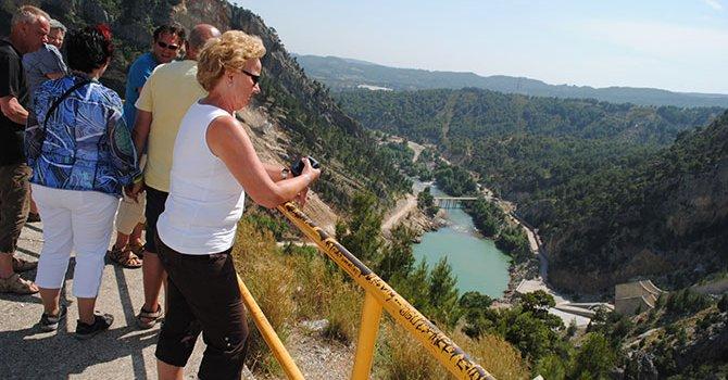 Şırnaklı gençler Van'ı gezdi