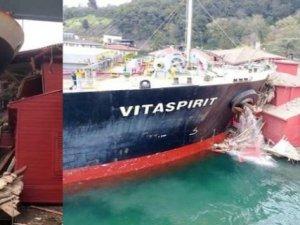 Tarihi yalıya çarpan gemiye haciz konuldu