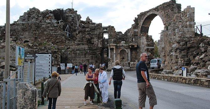 Metro Turizm 'Pita'yla marketçi