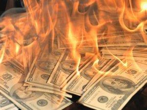 Günün sorusu: Dolar kuru neden yükseliyor?