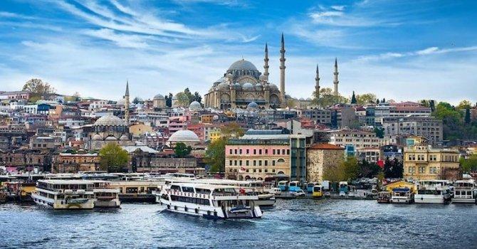2 astronot 7 saat yürüdü