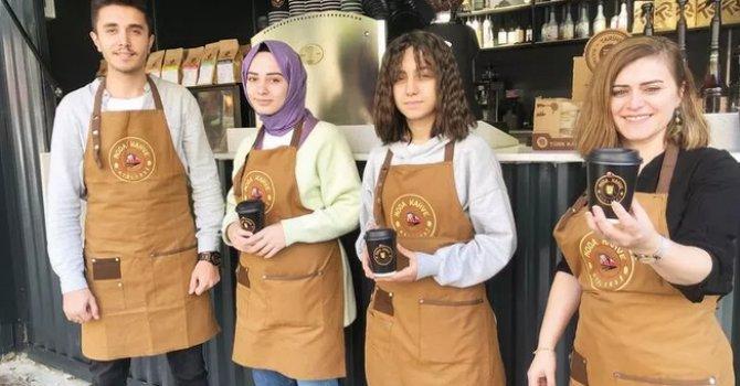 Ege'de mutlu bir köy: Behramkale