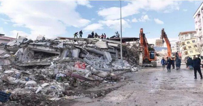 Japonya'da turistlere ayı saldırdı